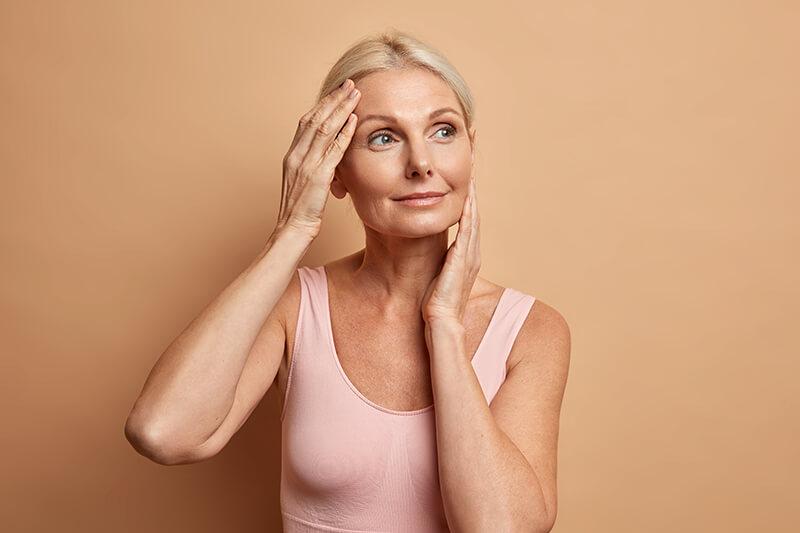 Le collagène, bonne ou mauvaise idée pour les personnes âgées
